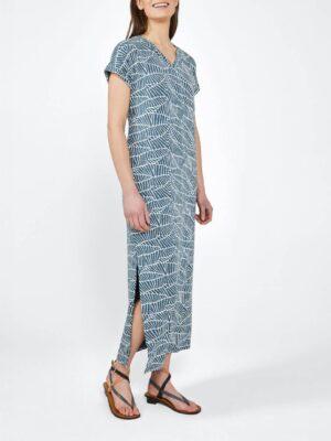 Sandwich NL Deze lange jurk heeft een nonchalant model en biedt een heerlijk draagcomfort. Verder is het voorzien van een V-hals