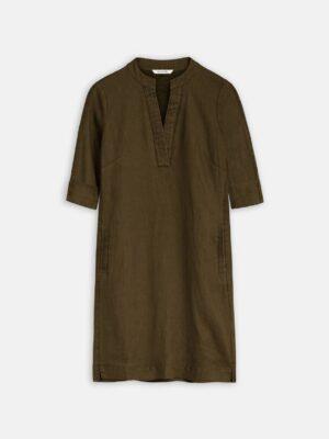 Sandwich NL Deze jurk is een must-have in iedere garderobe. Eenvoudige wijde